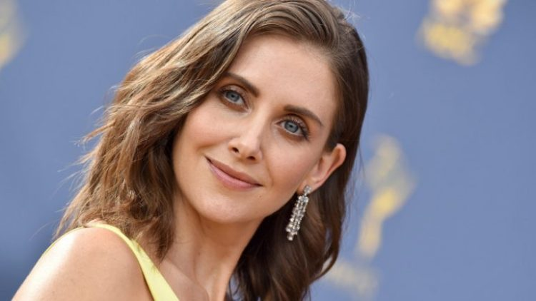 Alison Brie and Aubrey Plaza are collaborating on a new independent comedy.