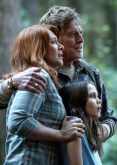 Bryce Dallas Howard, Robert Redford & Oona Laurence in Pete's Dragon