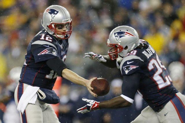 """Résultat de recherche d'images pour """"nfl quarterback running back"""""""