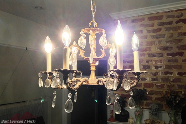 How To Pack A Chandelier For Moving