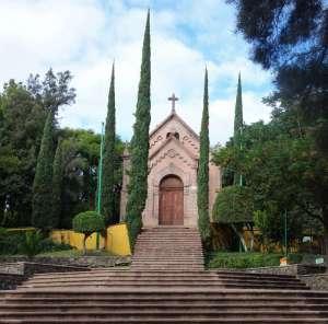 Queretaro Kloster - Der Glockenturm hinter dem Kloster in Querétaro