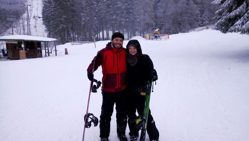 Cesar und ich beim Snowboarden im Harz