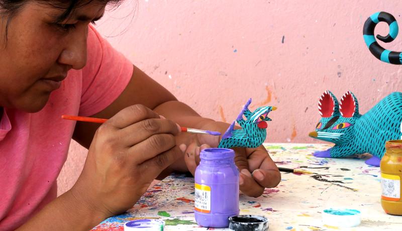 Antonia painting - Alebrijes aus Arrazola - Wo Träume Wirklichkeit werden