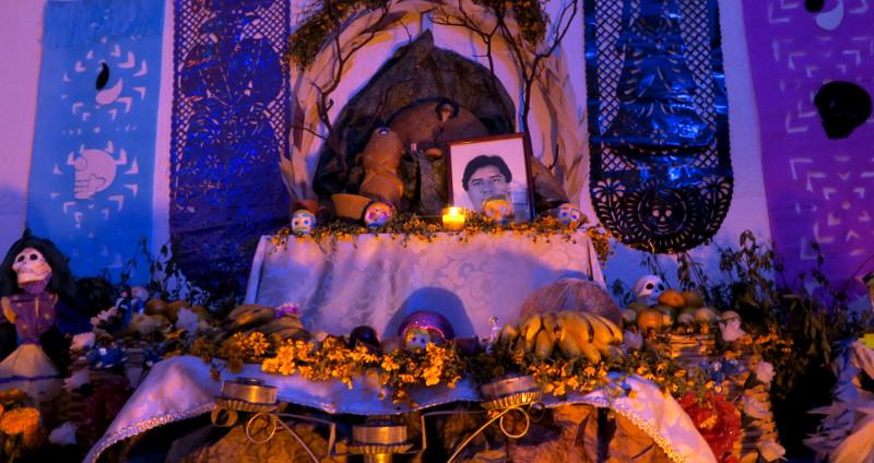 Altar zuhause blog - Dia de los Muertos - Tag der Toten in Oaxaca