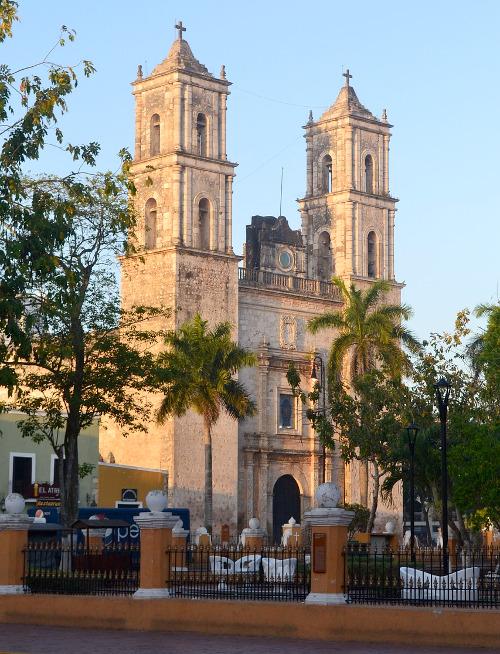 valladolid 739494 1280 - Zwei Monate Mexiko - Backpacking Reiseroute