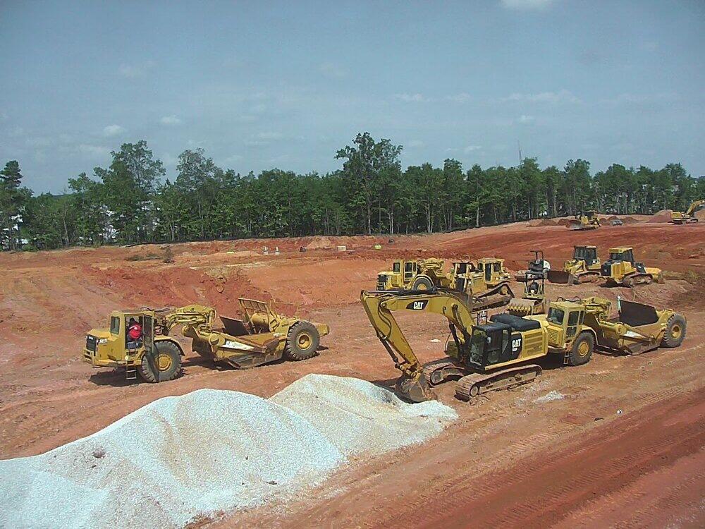 Photo of construction equipment at Station 75 (Avila photo)