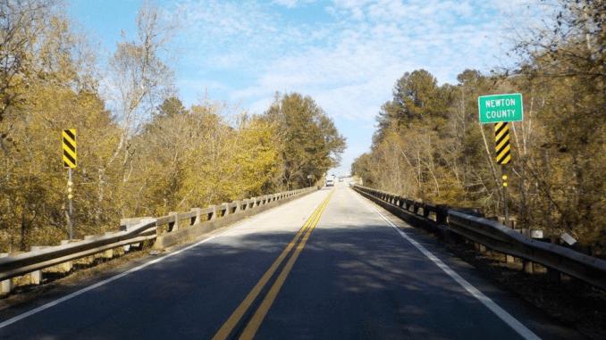 Photo of SR 81 bridge over South River (Georgia DOT photo)