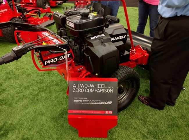 Gravely Pro-QXT Tractor