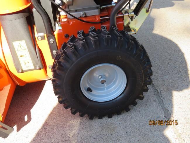 Husqvarna ST327P Wheels