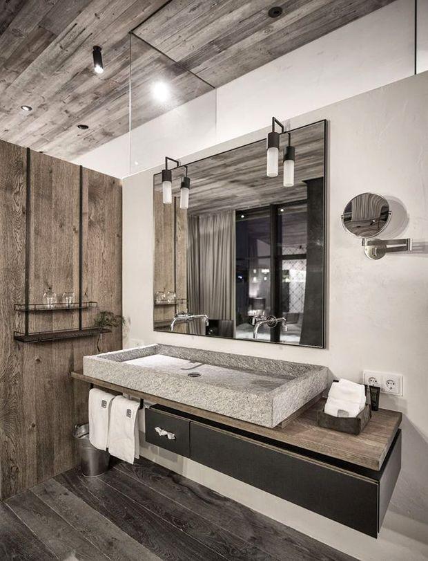 le rev tement mural d 39 une salle de bain moving tahiti. Black Bedroom Furniture Sets. Home Design Ideas