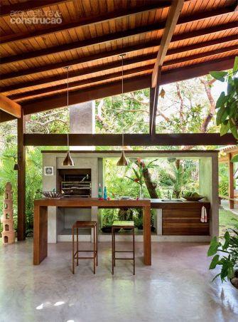 La cuisine extérieure : Le choix idéal pour un repas à ciel ouvert