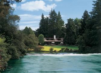 Le Huka Lodge : Luxe, calme et volupté