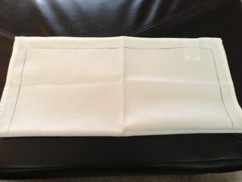 Décoration de Pâques - pliage de serviettes 02