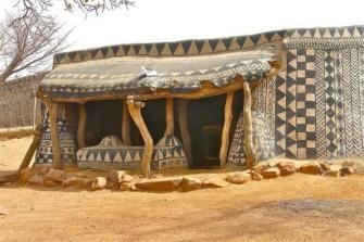 Les maisons décorées du peuple Kassena