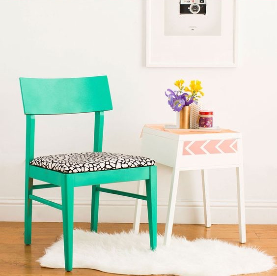 DIY - Customisez vos chaises avec du tissu 02