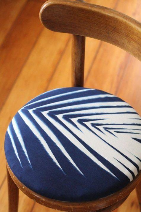 DIY - Customisez vos chaises avec du tissu 03
