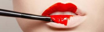 Comment fabrique-t-on le rouge à lèvres ?
