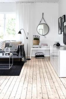 miroir-design-miroir-salon-design-plancher-en-bois