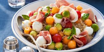 Salade de quinoa aux billes multicolores