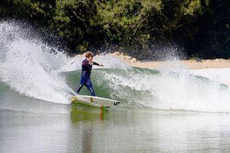 Le premier parc de surf d'Amérique du Nord a ouvert ses portes