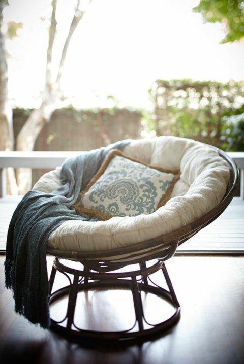 belle-idee-pour-le-fauteuil-confortable-meuble-en-rotin-fauteuil-rotin-blanc-fauteuil-osier-salon-en-rotin-design