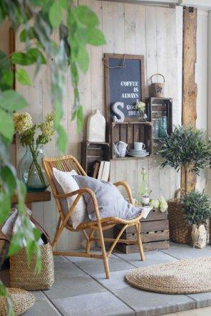 decoration-de-balcon-formidable-idee-fauteuil-en-rotin-meubles-rotin-salle-se-sejour-ou-balcon