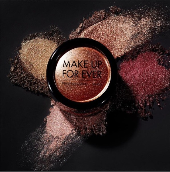 maquillage-de-fe%cc%82tes-04