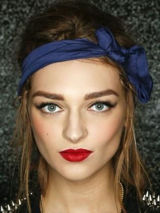 Comment porter le foulard (18)