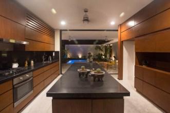 modern-wood-kitchen-040117-1101-06