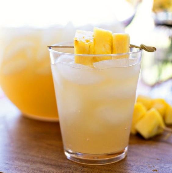Punch créole à l'ananas et au gingembre