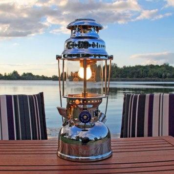 JLU1234001-0101-2250-p00-lampe-petrole-500