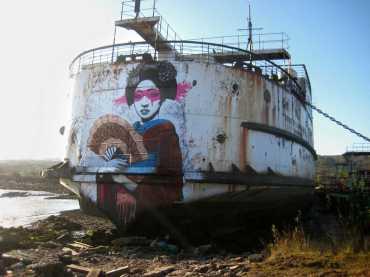 fin-dac-street-art-11