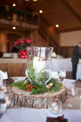 Une table raffinée au décor rustique chic pour Noël 19