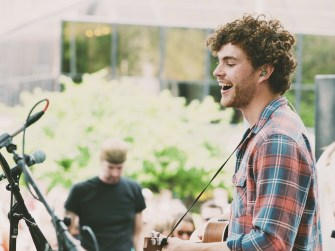 « We're Going Home » : le nouveau clip de Vance Joy