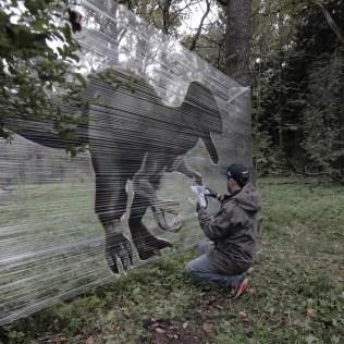 peint-sur-cellophane-street-art-evgeny-ches-4