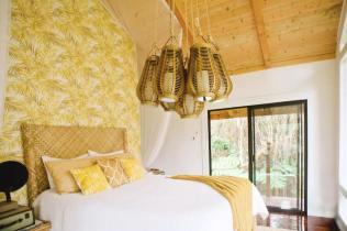 Dreamy Tropical Tree House 04
