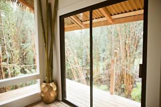 Dreamy Tropical Tree House 05