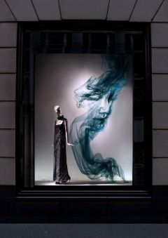 Tulle-Exhibition-LIVE-at-Bergdorf-Goodman-by-British-Artist-Benjamin-Shine (3)