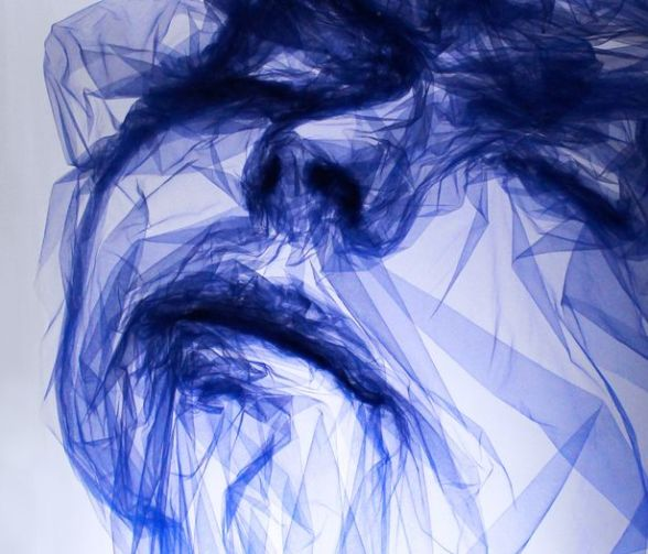 Tulle-Exhibition-LIVE-at-Bergdorf-Goodman-by-British-Artist-Benjamin-Shine (7)