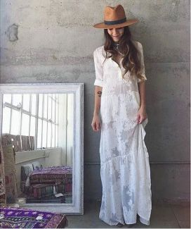 ROBE LONGUE BLANCHE BRODERIE ANGLAISE (4)