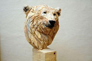 Les sculptures à la tronçonneuse de l'artiste Jürgen Lingl-Rebetez 13