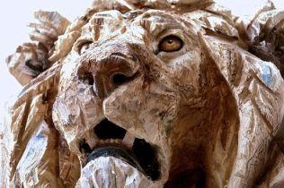 Les sculptures à la tronçonneuse de l'artiste Jürgen Lingl-Rebetez 14