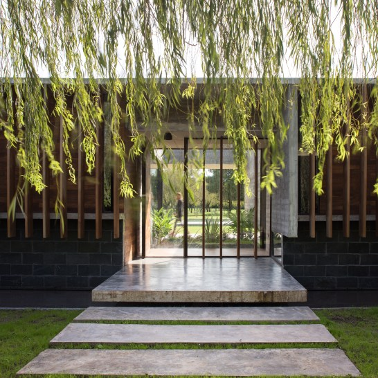 rodriguez-house-luciano-kruk-architecture-concrete-buenos-aires-argentina_dezeen_2364_col_3
