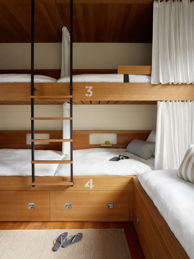 modern-built-in-bunk-beds-070118-1108-13