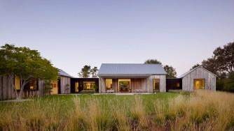 Portola Valley Barn, une villa au Sud de San Francisco par Walker Warner Architects