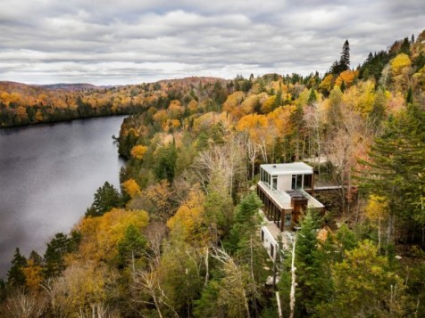 Yiacouvakis house in Quebec (1)