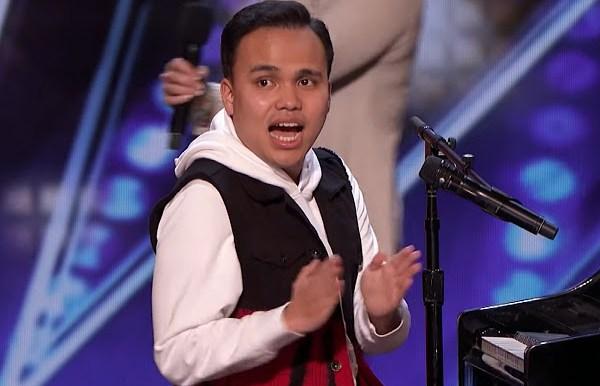 Un autiste aveugle impressionne les juges de l'émission 'America's Got Talent'.