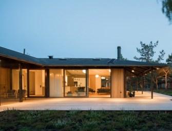 Sommarhus T, une maison d'inspiration japonaise par Johan Sundberg