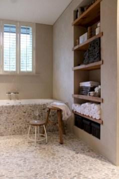 Des idées deco pour votre petite salle de bain (13)