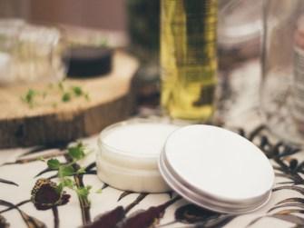 Votre déodorant naturel tout doux fait maison aux huiles essentielles